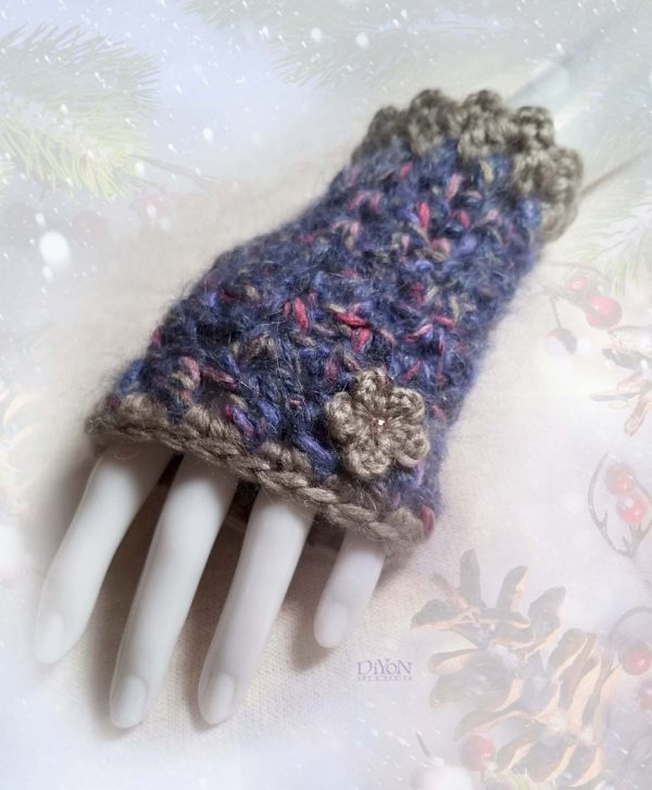 Луксозни сини ръкавици с мохер