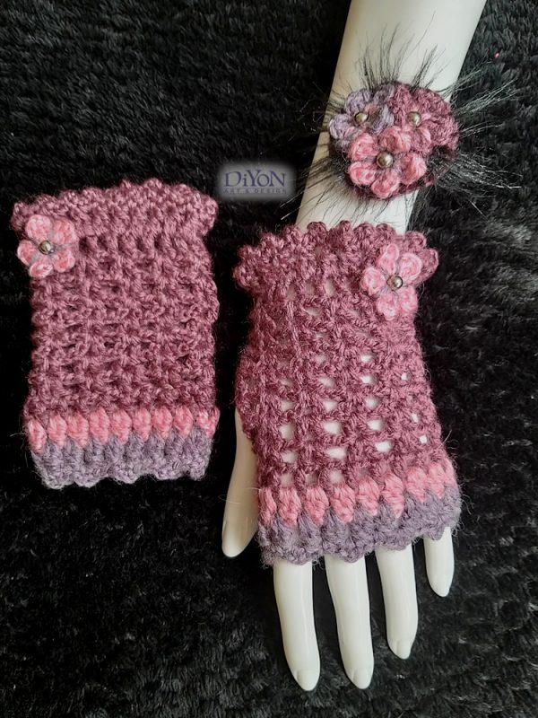 Ажурни плетени ръкавици в лилаво