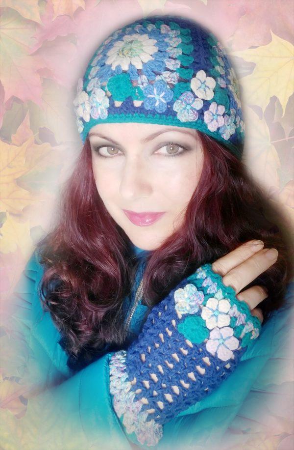 Бутикови плетини ръкавици и шапка с квадрати