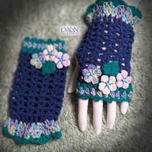 Плетени сини ръкавици с тюркоаз