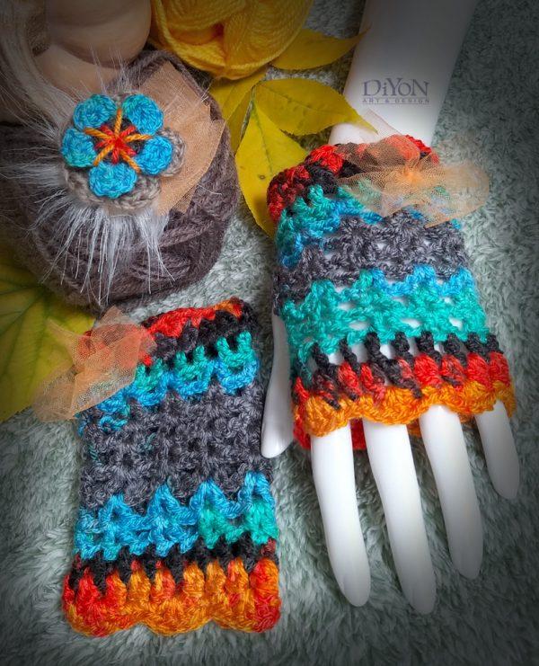 Шарени плетени ръкавици с панделки