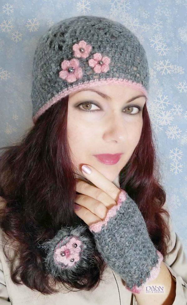 Плетени сиви шапка и ръкавици от мохер