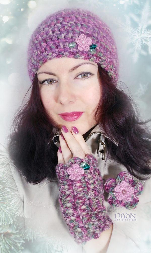 Плетени дамски шапка с мохер и ръкавици