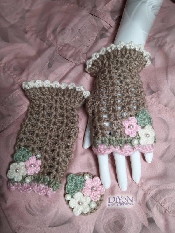 Плетени ръкавици в какао