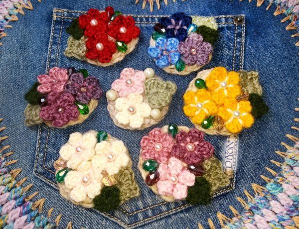 Дамски брошки с кристали и цветя