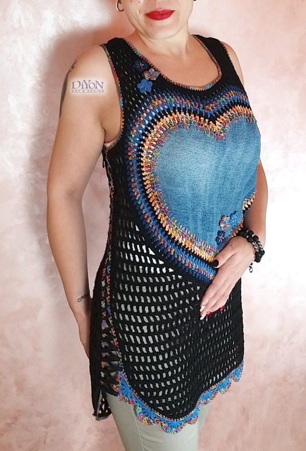 Ажурен дамски плетен потник в черно